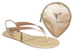 Flipsters zijn opvouwbare slippertjes en ballerina's ontworpen door de Australische mannen (!) Ben Lipschitz en Rick Munitz