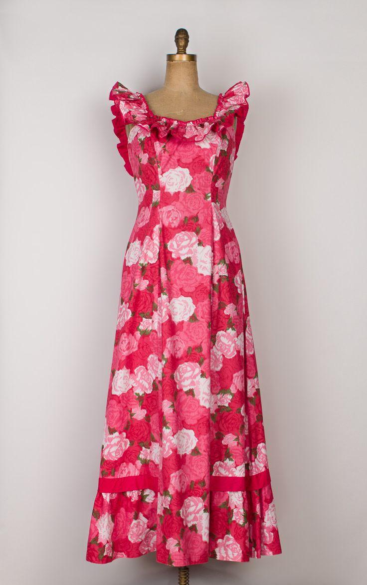 • Fantastische vintage holomuu Hawaiiaanse jurk! • Rose bloemen ikat print • Roze en rood met accenten van wit en groen • Elastische ruffle hals kan gedragen worden in- of uitschakelen de schouders • Uitgerust bovenlijfje met prinses naadloos te verlijmen • Subtiele fishtail zoom heeft donker roze trim starten aan de zijkanten en voldoen aan de achterkant met een strik • Metalen rits langs de achterkant (Talon) • Katoenweefsel • Gemaakt in Hawaï • Circa jaren 1950  Label: Kahana…