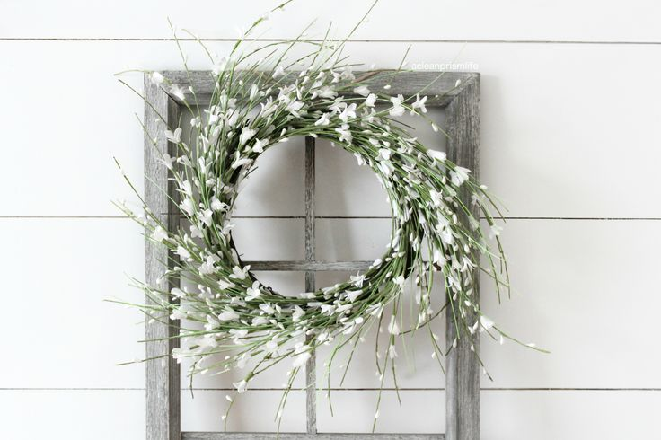 Modern farmhouse decor fixer upper style magnolia market for Decor steals scale