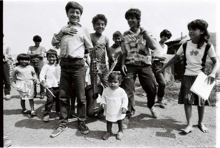 Slovak gypsies ,  Slovenskí Rómovia,  Foto:  Andrej  Palacko
