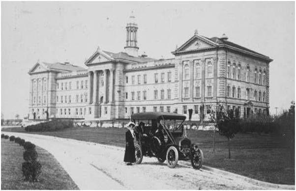 Western Illinois University: Macomb Campus