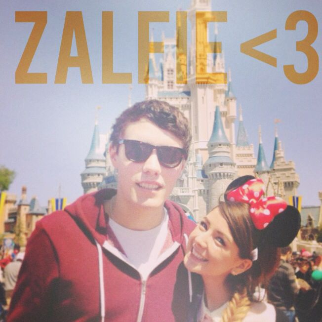 Zoe Sugg and Alfie Deyes | Youtubers | Pinterest
