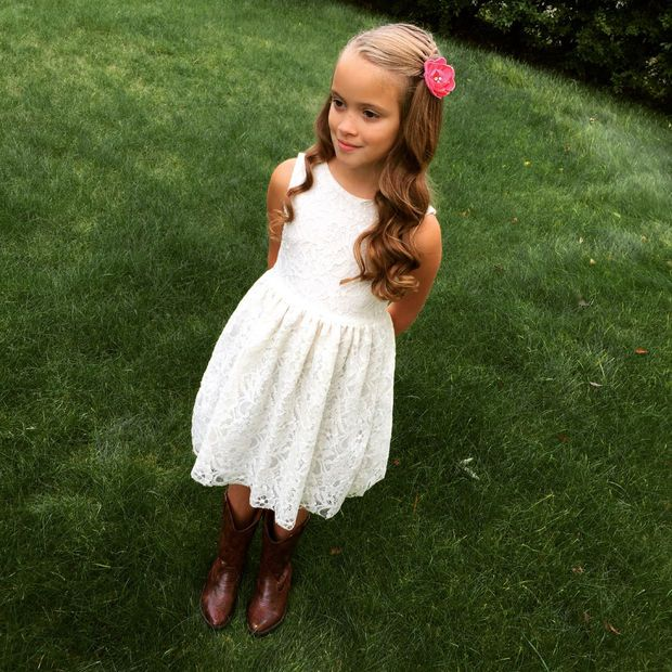 Easy DIY flowergirl dress for Callie and Florence