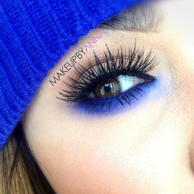 Electric blue pop of color makeup eye