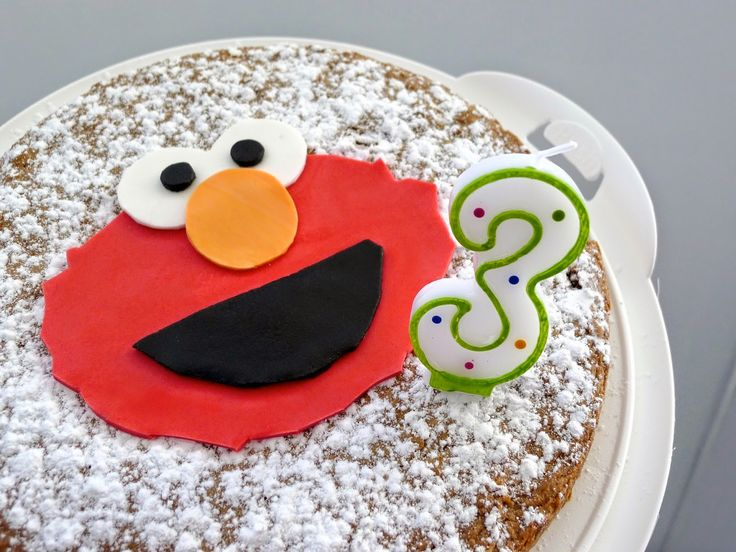 Recettes pour mon bentô: Sesame Street: Gâteau Elmo super facile!