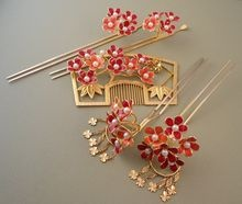 Kanzashi and Kushi Traditional Wedding Set — Hairpins and Comb