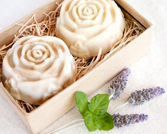 Soap Gift Pack  // Mint & Almond Twin Set // by WildRavenSoap such a gorgeous small gift that would bring joy, rose shaped natural cold press soaps. One mint & coconut soap and one almond & nutmeg