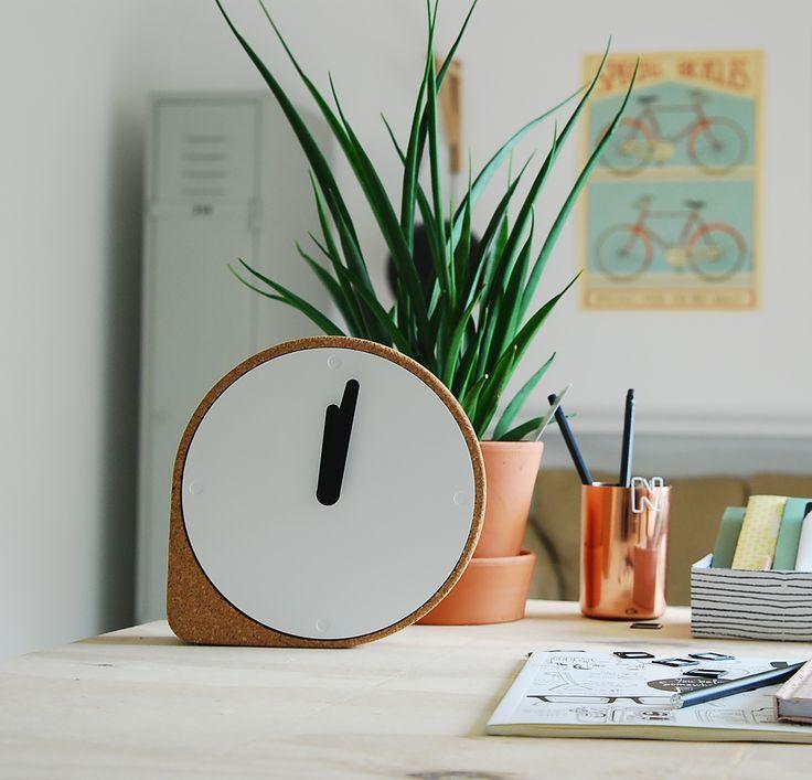 Puik Art  klok - clock - kurk - trend -nederlands design - dutch design - young design - new -
