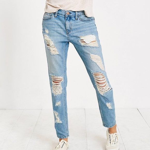 """UO BDG Ripped Distressed Slouchy Boyfriend Jeans Urban Outfitters BDG Ripped Distressed  Boyfriend Jeans. Cotton Denim Construction. Intentional Ripping & Distressing. Relaxed Boyfriend Fit. Tapered Leg. Size 28. Approx 29"""" Waist 