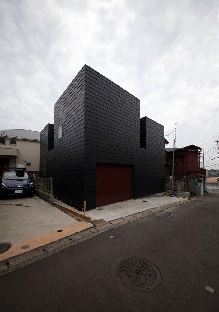 Harley in Da House / THREE.BALL.CASCADE. Location: Hodogaya Ward, Yokohama, Kanagawa Prefecture, Japan