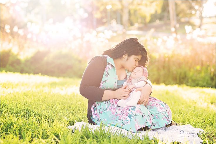 Mums are the best thing ever! Family Photography Session Adelaide, mother and baby, sunset, love, maternal. www.gpix.com.au