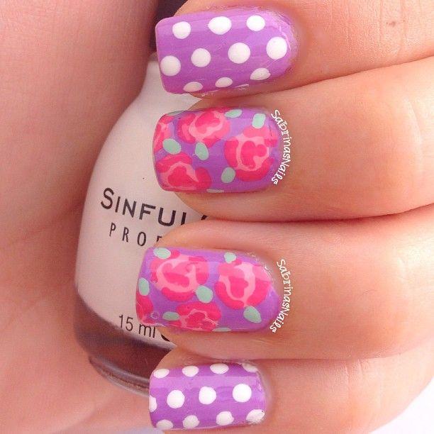Dots and floral @sabrinasnails