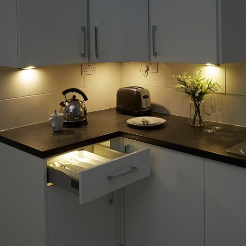 Lights For Under Cabinets In Kitchen: 15 Best Under Cabinet And Pelmet Lighting