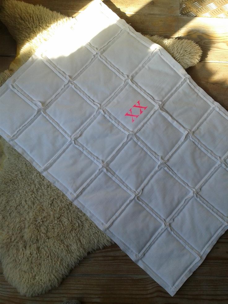 babydeken. patchwork uit oude lakens. 60 x 90 cm