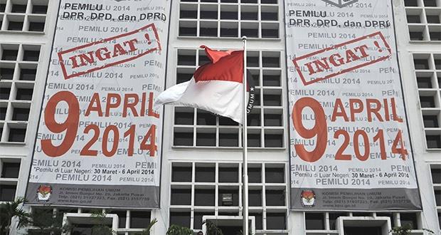 KPU Diminta Publikasikan Riwayat Hidup Caleg - http://www.pemilu.com/pemilu-indonesia/2013/06/kpu-diminta-publikasikan-riwayat-hidup-caleg/