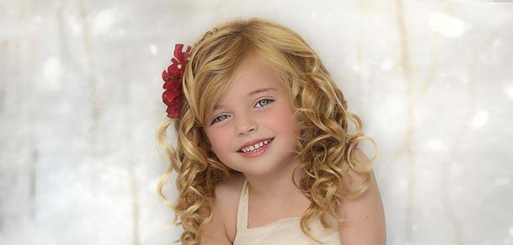 """Een hooggevoelig kind kan omschreven worden als een kind die binnenkomende prikkels """" minder filtert """" dan anderen kinderen."""