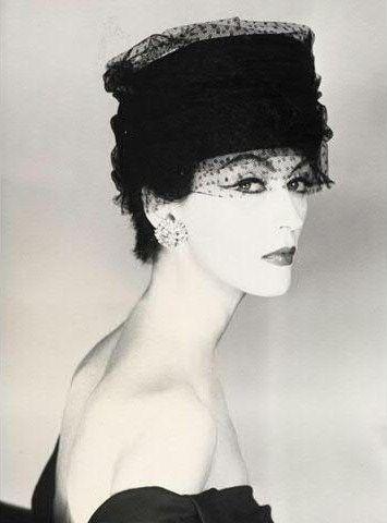 Dovima, hat by Svend for Madeleine de Rauch, Paris studio, French Vogue, 1956