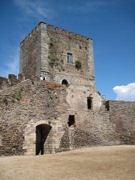 Castelo de Monsaraz - Roteiro do Alqueva - Guia Turístico | Alentejo - Portugal