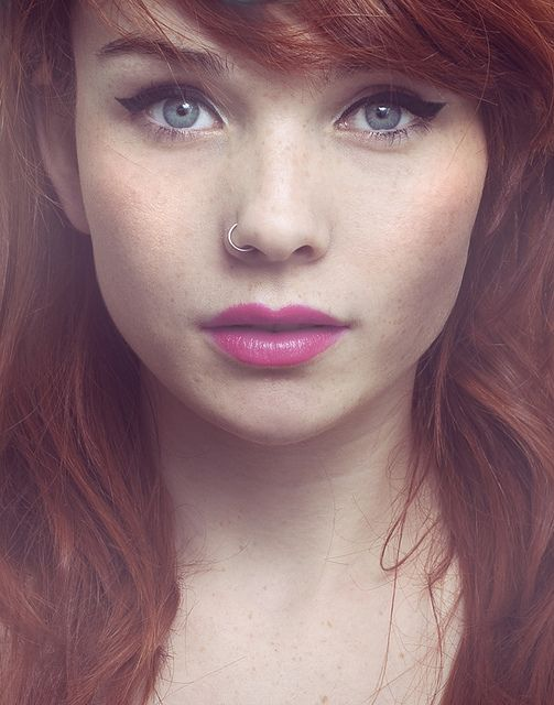 Pink lips and Red Hair! So lovely!
