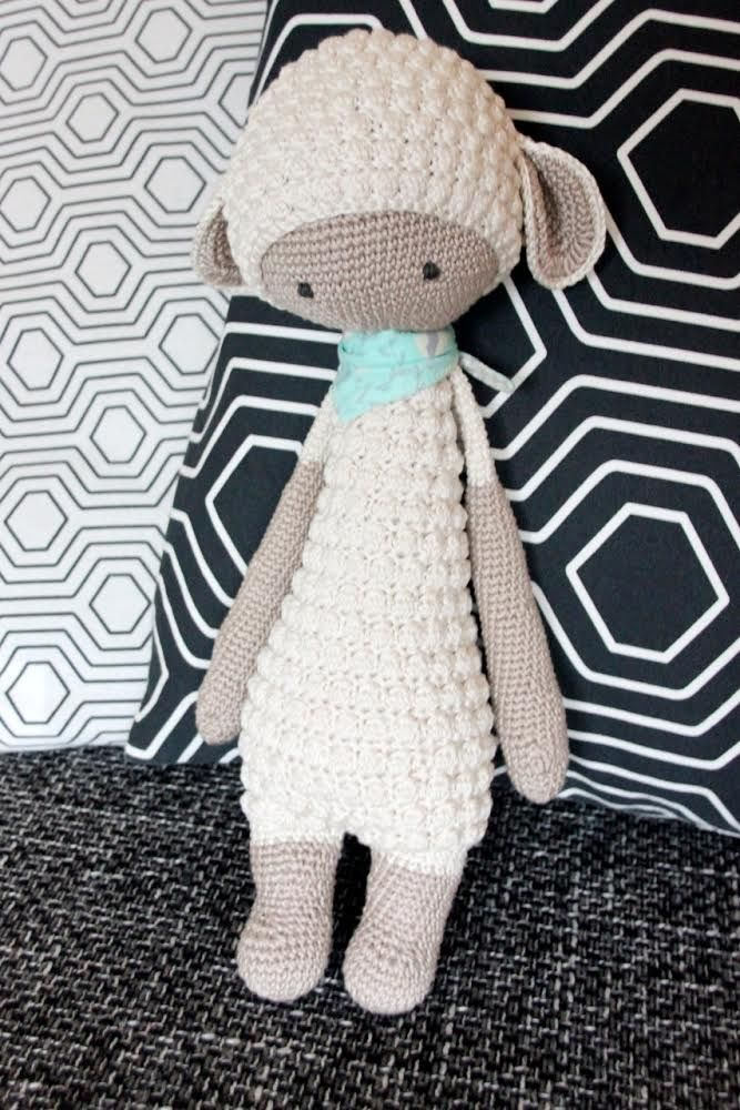 LUPO the lamp made by Nathalie Sch. / crochet pattern by lalylala