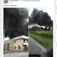 Concorezzo, fumo nero per un incendio. In rete le foto degli utenti (LIVE)