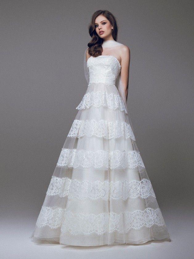 Blumarine #weddingdress #weddingplanner #matrimonio #matrimoniopartystyle #bride #bridal #nozze #sposa2016 #collezionesposa2016