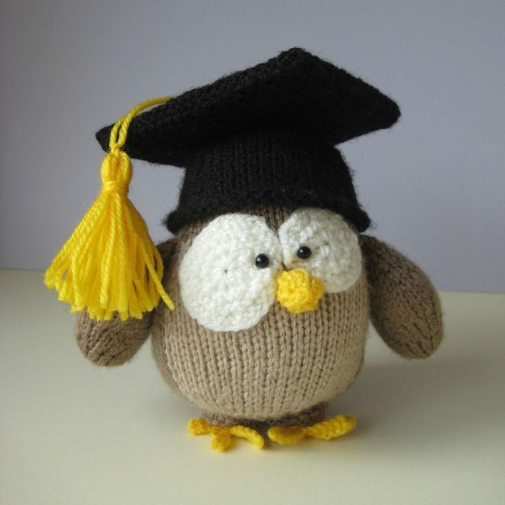 Disney Knitting Patterns Free : 17 Best images about Graduation on Pinterest Free pattern, Toys and Amigurumi