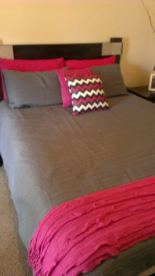 Taya Charcoal from Lorraine Lea Linen teamed with the new Dawson cushion covers in Pink along with Pink Charlotte throw.    Image thanks to fellow consultant Mandy Ingenito