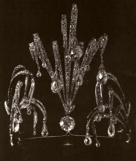 """Tiara """"Cascada"""" de la Gran Duquesa Vladimir de Rusia."""