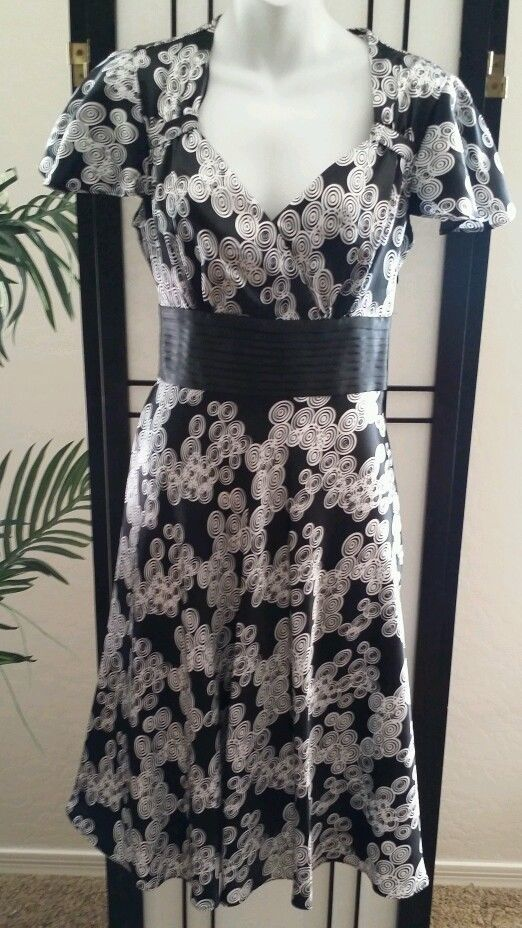 Size 8 long dresses by sangria