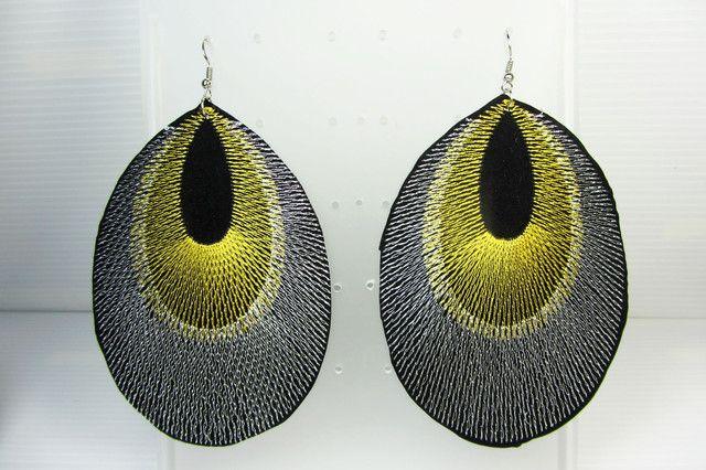 feather shape large earrings qt 34