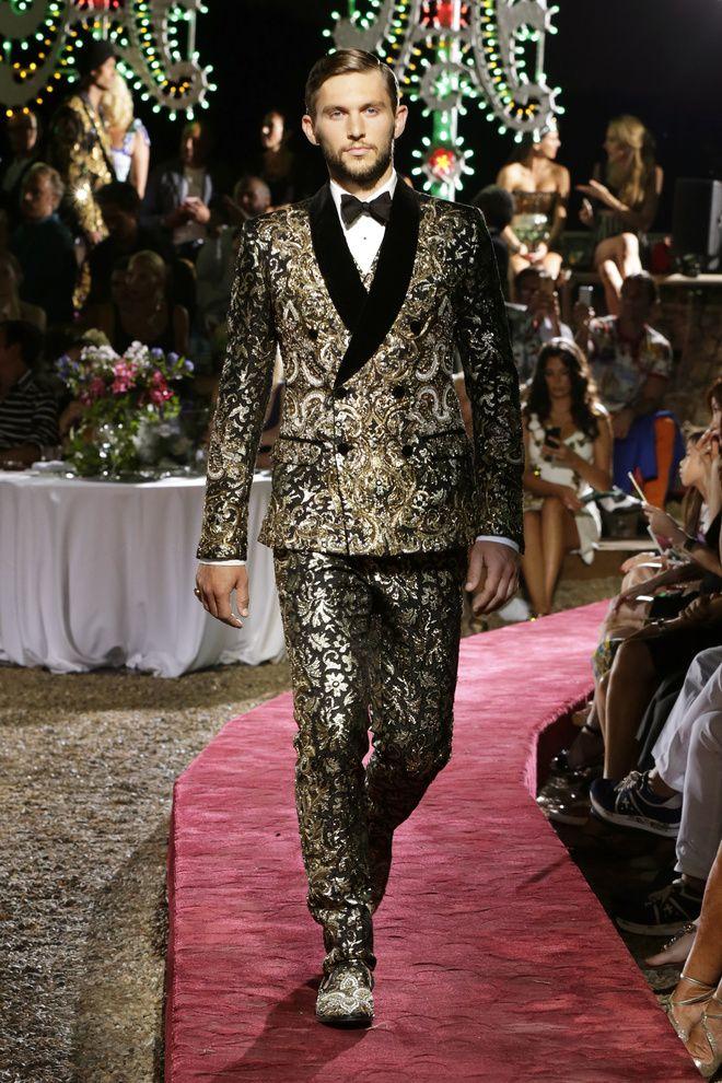 Dolce   Gabbana Alta Sartoria Menswear Fall Winter 2015-2016  3e43e247062