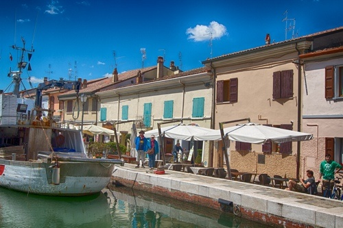 Cesenatico, a Great Place for a Beer #Italy #photo