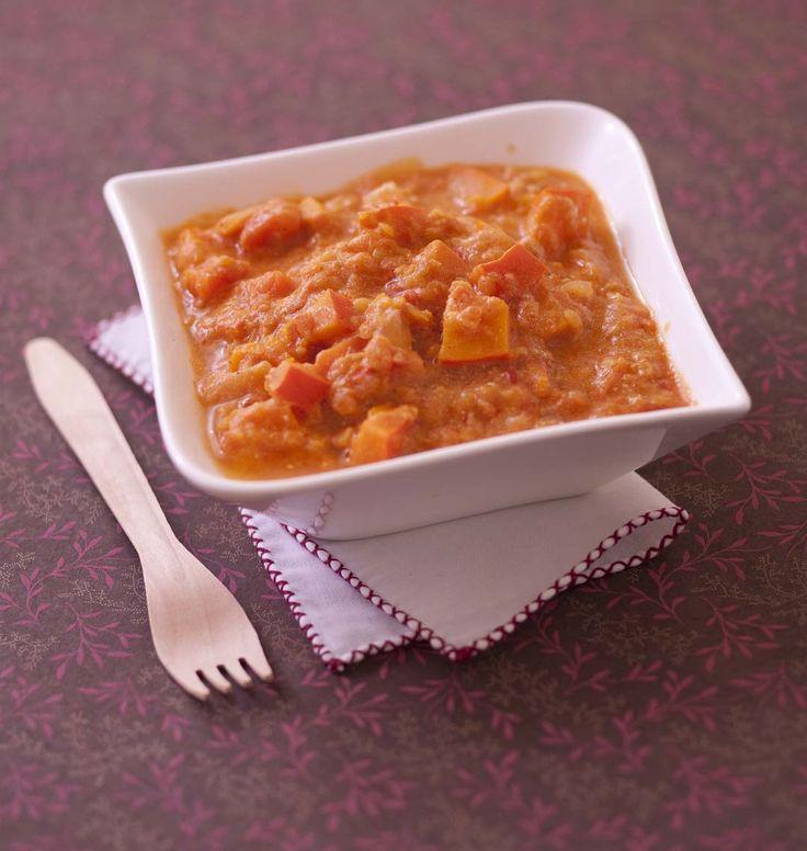 Excellente recette indienne de Pascale Weeks : un curry au potimarron et lentilles corail. Une recette très facile pour bien cuisiner les légumes. Gros succès à la maison !