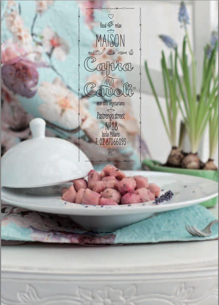 a cena... eterei gnocchi rosa alla lavanda che aspettano una più terrena fonduta al parmigiano...