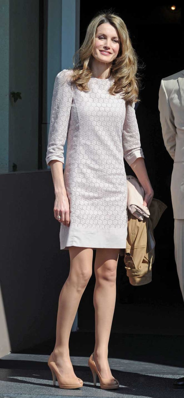 17 Best images about Queen Letizia of Spain. on Pinterest ...