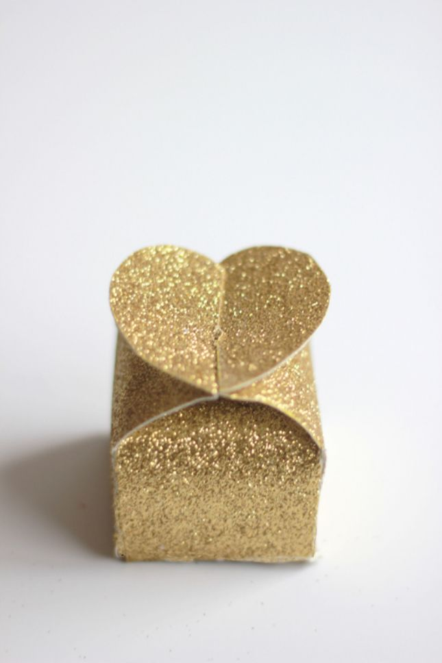 All you need is some glitter paper and a glue stick to make this favor box.