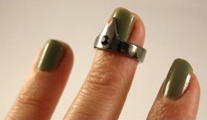 Triangle and gem nail ring: good idea.: Good Ideas, Nails Rings, Fingernail Design, Rings Triangles, Gems Nails, Nails Triangles Rings, 2012 Nails, Bad Ideas, Fingers Nails