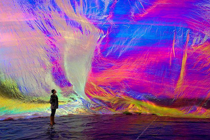 Tomás Saraceno - Poetic Cosmos of the Breath. Esferas utópicas, nuevos espacios antropotécnicos que habitar.
