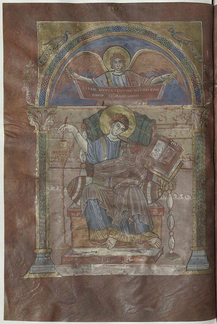 """Évangéliaire de Saint-Riquier - Saint Matthieu - f17v - 20) ANGILBERT: Or la Chronique de St-Riquier mentionne clairement qu'à la mort de NITHARD, cette charge est d'abord passée à un Louis, puis à Rodolphe, de la famille des Welfs. - *NITHARD (v?800 +15 mai 845) historien, abbé laic de St-Riquier. Il aurait déclaré: """"Le corps d'Angilbert a été retrouvé non décomposé quelques années après son enterrement""""."""