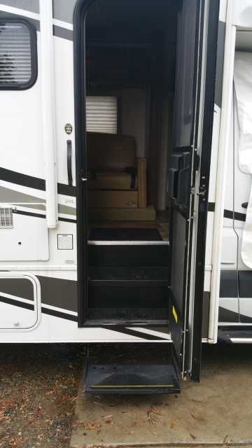2011 Used Fleetwood Tioga Ranger DSL 24R Class C in California CA.Recreational Vehicle, rv, 2011 Fleetwood Tioga Ranger DSL 24R, 2011 Fleetwood Tioga Ranger DSL 24L; Mercedes 3.0L, 188hp, 6-cyl turbo diesel w/ only 29k miles; 3500 Sprinter chassis. Class C, sleeps 6. This motor coach is in pristine condition! Just upgraded with new $2500 heavy-duty front and rear Koni suspension package (call for details), new front swivel seat bases, exterior front windshield/side windows cover (see pic)…