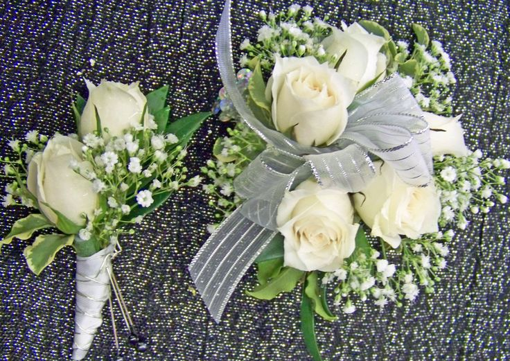Wrist Corsage Of White Spray Roses Amp Babies Breath With