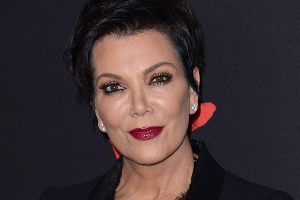 Kris Jenner Gets Hand Surgery
