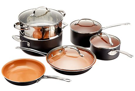 It is not easy to choose the cookware sets as there are several sets to choose from. The matter is complicated further by the different materials the sets