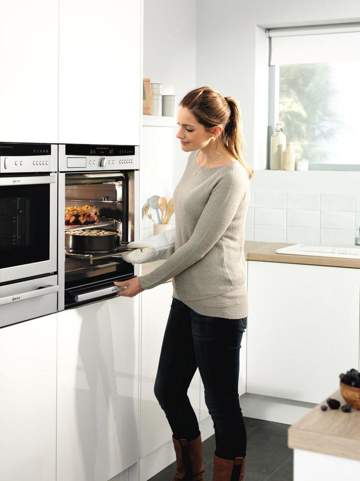 The Slide & Hide door in action! Click for the full range of Neff Slide&Hide ovens.