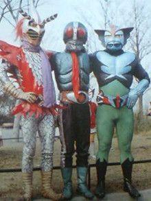 toei crossover photoshoot with their 1972 tokusatsu superheroes henshin ninja arashi new kamen rider no 1 and barom 1 イナズマン 特撮ヒーロー ヒーロー