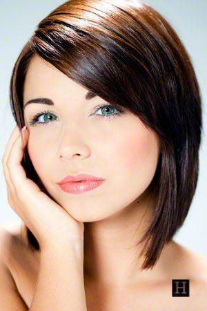 woman with medium length layered bob hairstyles brown hair