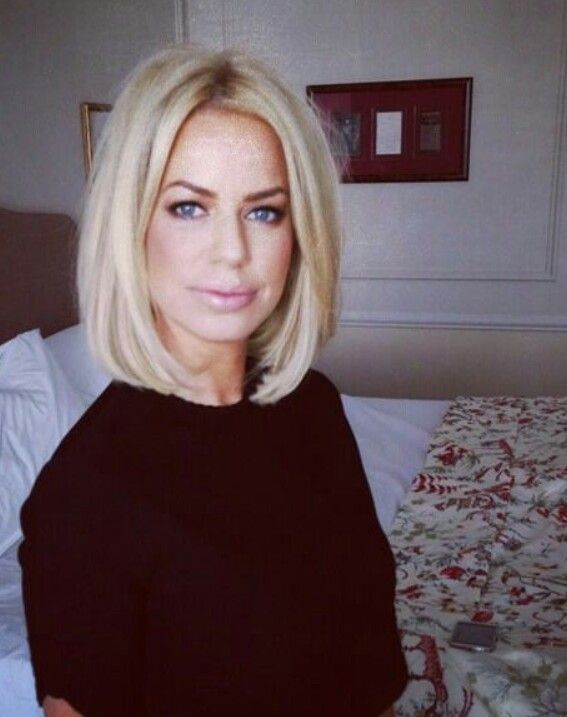 Love Caroline's bob haircut - Caroline Stanbury fashion - chic classic fashion style