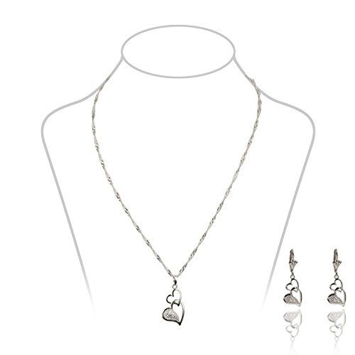 La Modeuse–Set Includes a necklace and earrings -- Read more info by clicking the link on the image. #JewellerySets