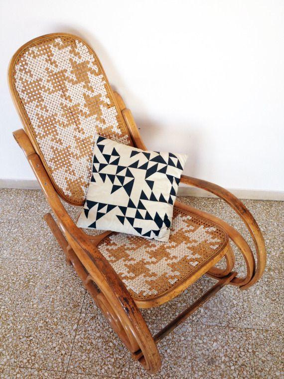 """Sedia a dondolo customizzata con punto croce gigante a pattern """"Pied De Poule"""".   Giant cross stitch customized rocking chair. Copyright Gaia Segattini http://gaiasegattini.com"""